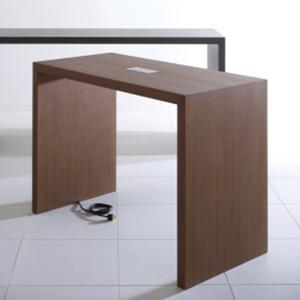 Davis Prat Table with Power PR 6 A Plug